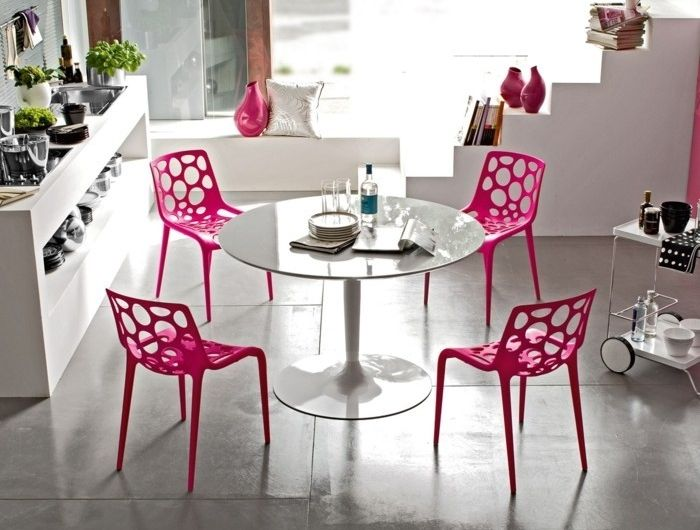 3 Table Salle A Manger Table Ronde Design Tulipe Pas Cher Chaises Roses Small Round Kitchen Table Round Kitchen Table Dining Table