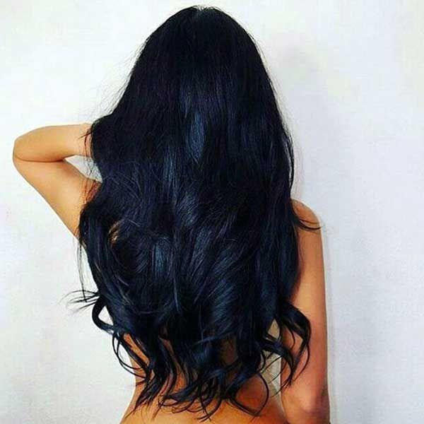 mavi siyah uzun dalgalı saç modeli