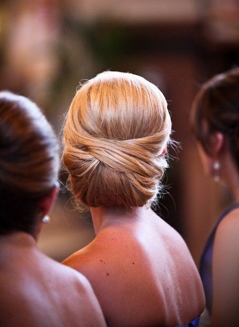 Elegant wedding hair upstyle Love this one if I'm going for something classic and finished looking . Very refined. Depending on dress style. Would want a pin or something as an accent.