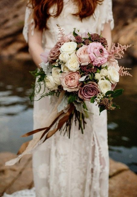 blush toned bridal bouquet with roses and astilbe, elegant rustic wedding ideas