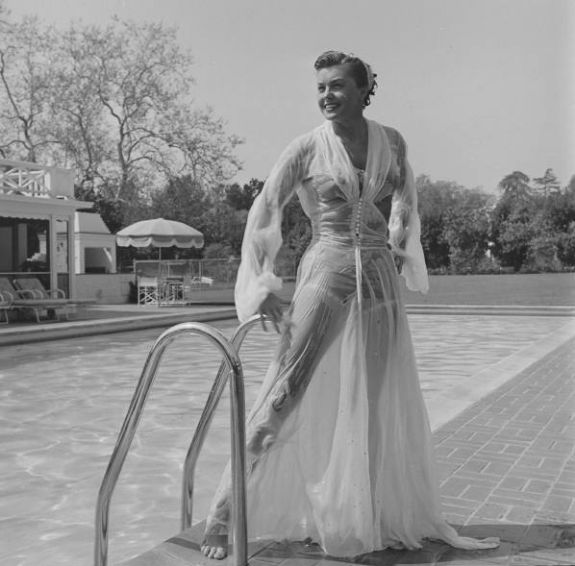 if charlie parker was a gunslinger,there'd be a whole lot of dead copycats: Artists in Action #789Esther Williams dies at 91