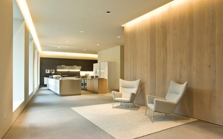 Photo Credit: Bulthaup, MilanoJohn Pawson - Dinesen Ek T 22 mm B 200-300 mm L 1,2-5 m. Lovely use of wood on walls, cove lighting and soft warm tray stone floors. #details