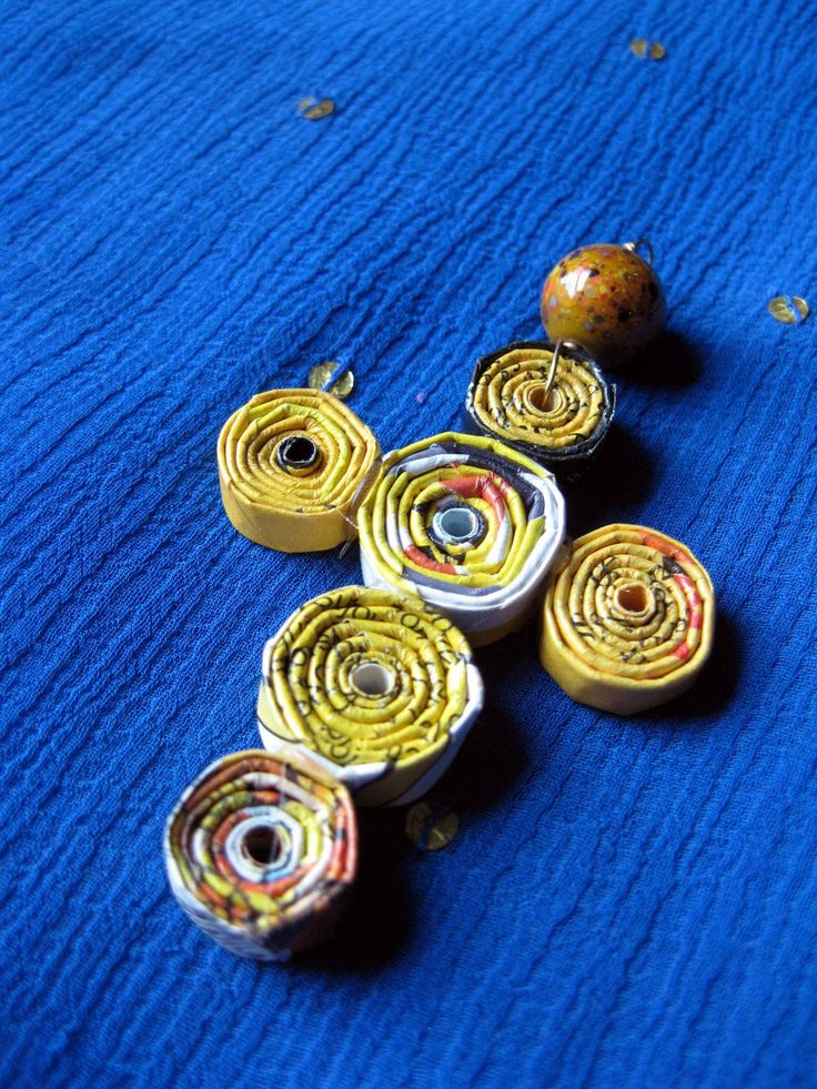 Rolled Paper Bead Pendants