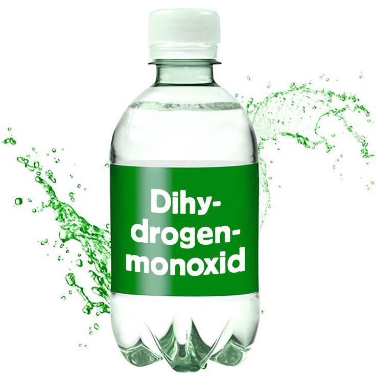 ❌❌❌ Die umweltbelastenden Gefahrstoffe nehmen von Jahr zu Jahr zu. Die EU-Kommission müht sich redlich hier entsprechende Regelungen herbeizuführen damit die Katastrophen nicht ganz so groß ausfallen. Ein äußerst kritischer Stoff, der auch noch massenhaft vorkommt, ist das Dihydrogenmonoxid. Mit diesem Stoff werden unendlich viele Todesfälle in Zusammenhang gebracht, was für eine baldige und umfassende Regulierung durch die EU-Kommission spricht. ❌❌❌ #Verbot #Dihydrogenmonoxid #Umwelt