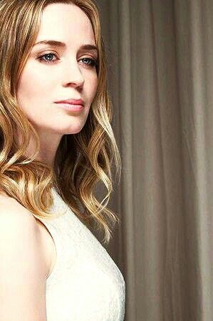 Emily Blunt beautiful