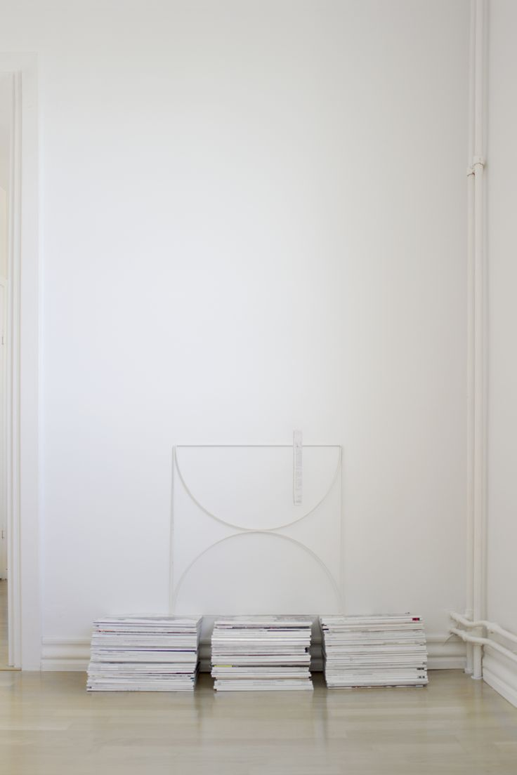 clean simple nordic space | wallment bow grid | Finnish design