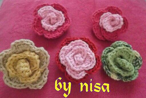rose brooch