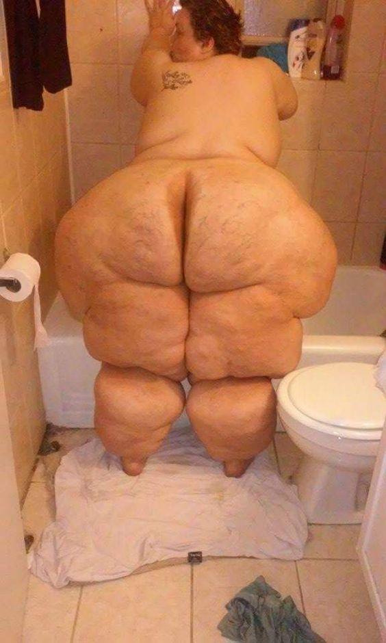 Naked booty tube