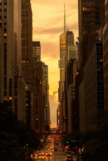 Sunset in 42nd Street, NYC