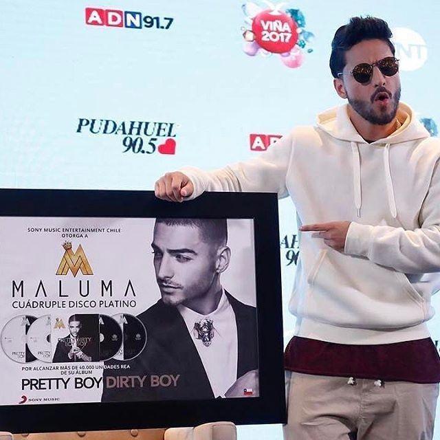 @Maluma recibió cuádruple Disco Platino por las ventas de su Álbum Pretty Boy y Dirty Boy en Chile. Se vendieron más de 40.000 copias ¡