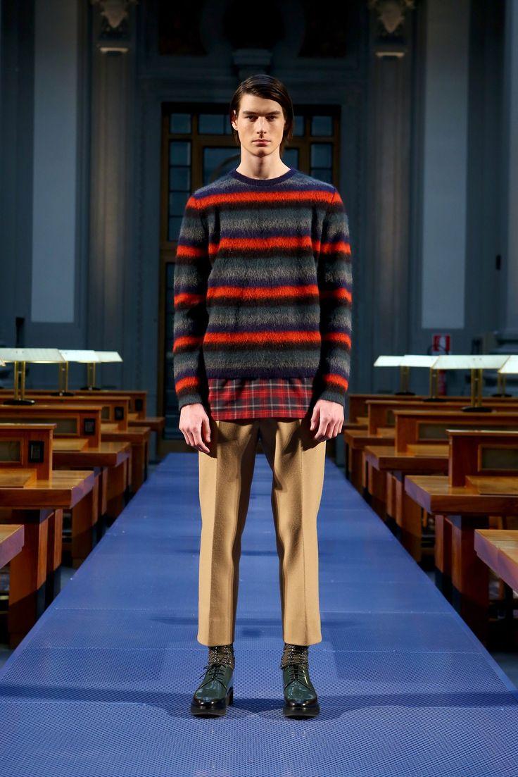 No-21: fall 2014 menswear fashion show. Original to Vogue.com slideshow: https://www.vogue.com/fashion-shows/fall-2014-menswear/no-21/slideshow/collection#7