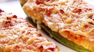 Abobrinha recheada com Salsicha Vegetal Superbom | Superbom