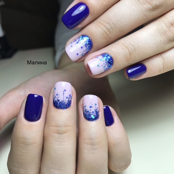 Синий маникюр, синие ногти, глиттер