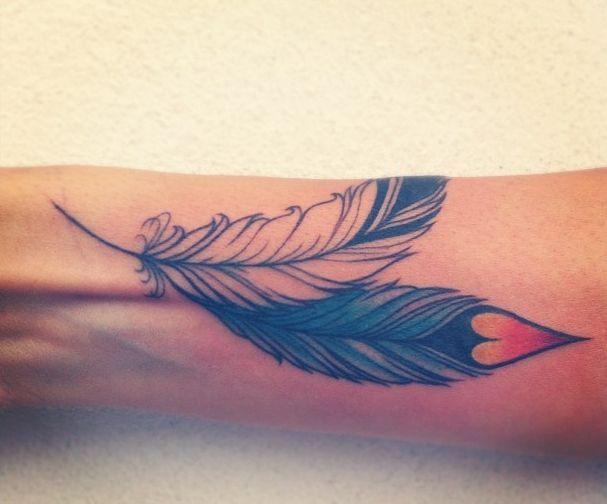 42 Feather Tattoo Design Ideas - Sortrature