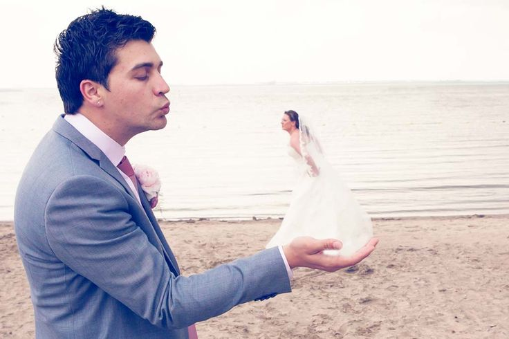 bruiloft in Hellevoetsluis #creative wedding photography #beach #bruidsfotografie