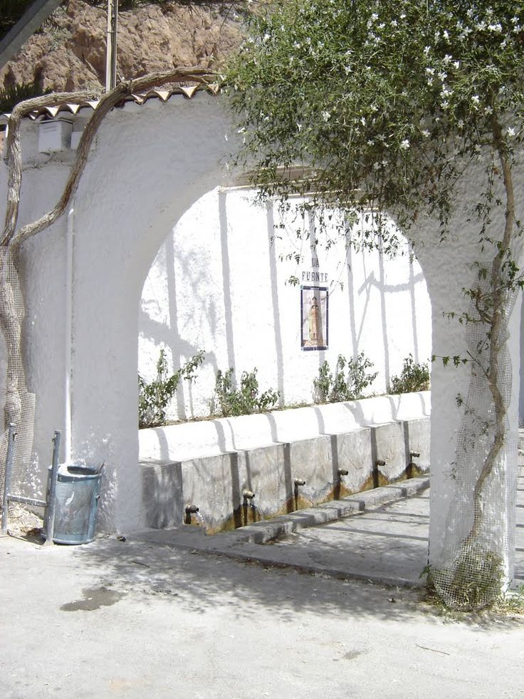 fuente in Alboloduy, Almería, Spain  - photo © Robert Bovington  http://bobbovington.blogspot.com.es/ http://www.tablondeanuncios.com/venta-casas-chalets-en-ugijar-granada/casa_adosada_en_ugijar_-2382039.htm https://sites.google.com/site/spanishimpressions/home http://astore.amazon.co.uk/spanisimpres-21/