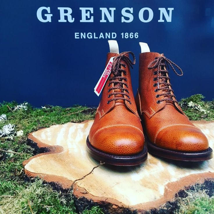 est 1866 by William Green in Northamptonshire. Grenson served its country by producing thousands of boots and shoes for the soldiers of the Great War and the Second World War (not only for British forces but of the Allied Forces too). 500 people were employed at the Grenson factory in the 1940s! The brand continues to grow since its first London opening in 2008  Grenson Jermyn Street is perfectly located, surrounded by some of the best menswear brands in the city! @themayfairmusings