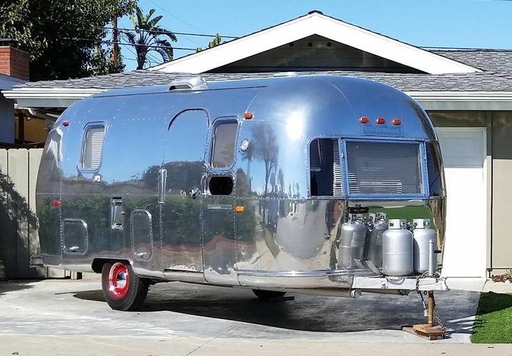 1969 Airstream Land Yacht 21T9S173 for sale by Owner - Costa mesa, CA | RVT.com Classifieds