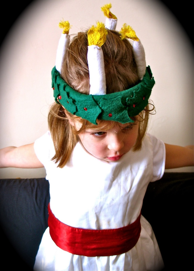Lovely idea for St. Lucy felt crown and words to St. Lucia song
