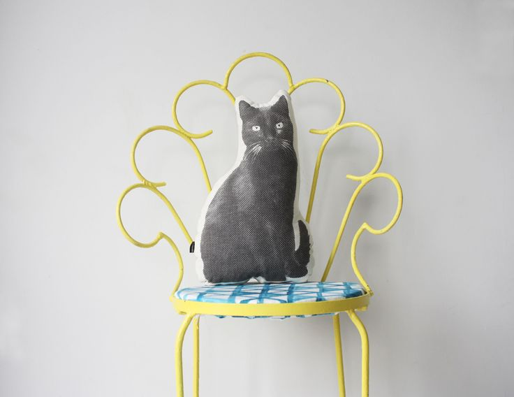 Handsome animal friends for your home!  Espresso the cat.  www.andmenagerie.co.za https://www.etsy.com/shop/andMenagerie photo: Cecile Blake