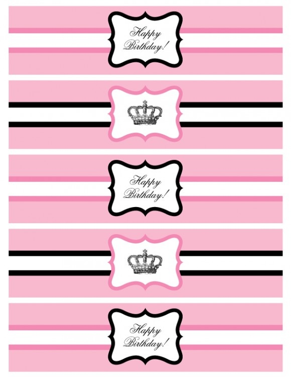 Free printable princess party water bottle labels! #freeprintables #princessparty