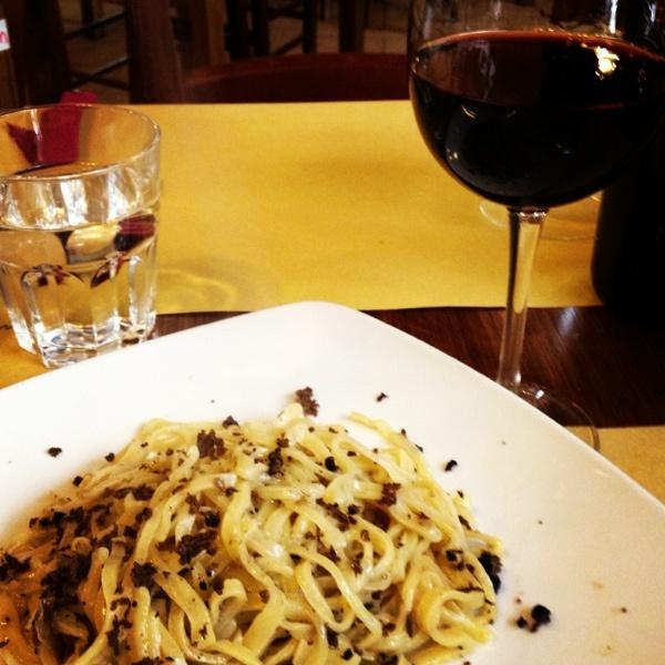Umbrian truffles with strangozzi pasta and Rosso di Montefalco wine
