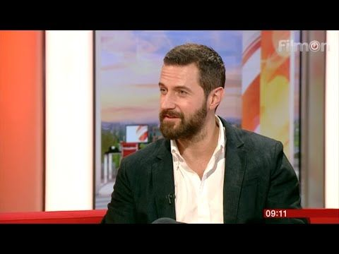 Ohh, his deep deep voice!  ~ BBC Breakfast interview with Richard Armitage from today July 14, 2014.