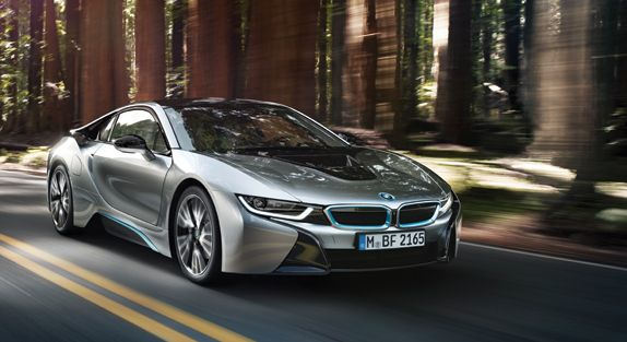 BMW i8 – A Rolling Testament to Engineering and Design