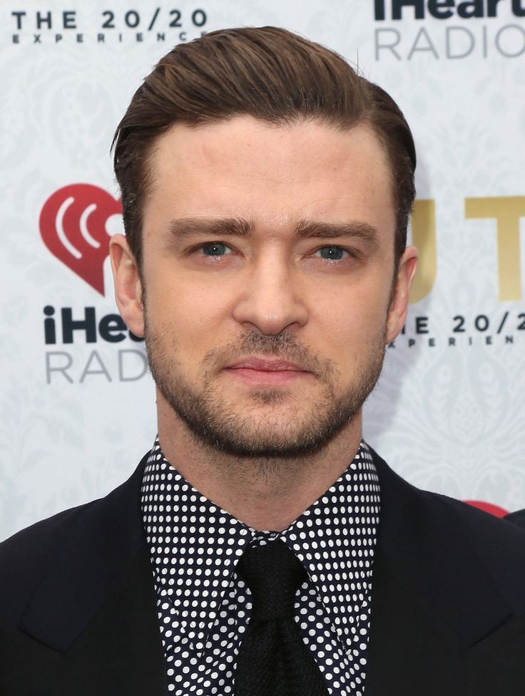 add height to draw attention away from the sides of the face. SHORT BACK AND SIDES:  Whether you go long and curvy on top, slicked back, or with an extreme undercut, the short back and sides always works for men with rounder faces. It elongates the face and gives the jaw line a more square appearance. This is a look that celebrities such as Elijah Wood pull off very well, and it gives him a much more of a chiseled edge than he actually possesses.