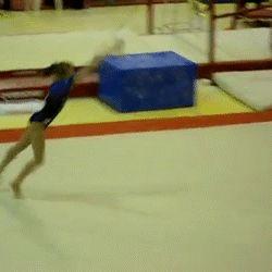 Viktoria Komova Sticks Un Tumbling Pass Difícil (GIF) «WOGymnastika