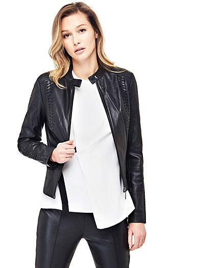 La giacca peplum in vera pelle è uno status symbol per creare uno stile dal sapore biker