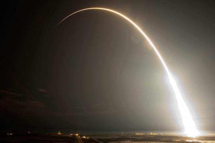 Lanzamiento del Falcon 9 a la EEI (Cabo Cañaveral, Estados Unidos).