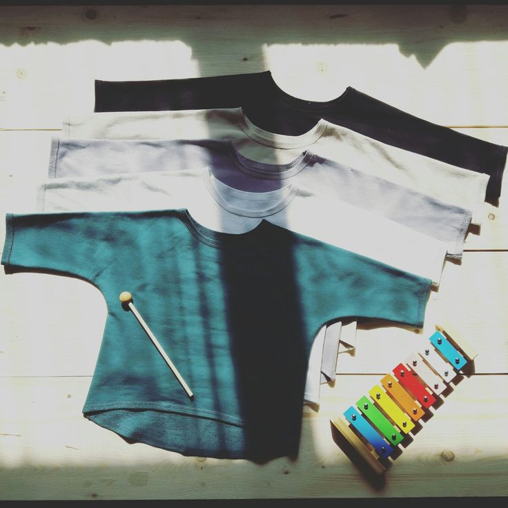 ❤ z lásky pre malé veľké lásky ❤ Nice friday with our unisex oversized sweatshirts . Comfortable, stylish, simple... ❤ with love for little big loves ❤ #friday, #takitakOversizedSweatshirt, #black, #beige, #lila, #white, #green, #lightcream, #grey,  #comfortable, #stylish, #simple, #almostReadyForEshop, #TAKITAK, #TAKITAK_kids, #zLáskyPreMaléVeľkéLásky, #zLáskyPreLásky, #MadeInSlovakia, #HandmadeBabyClothes, #coolKids, #BabyFashion
