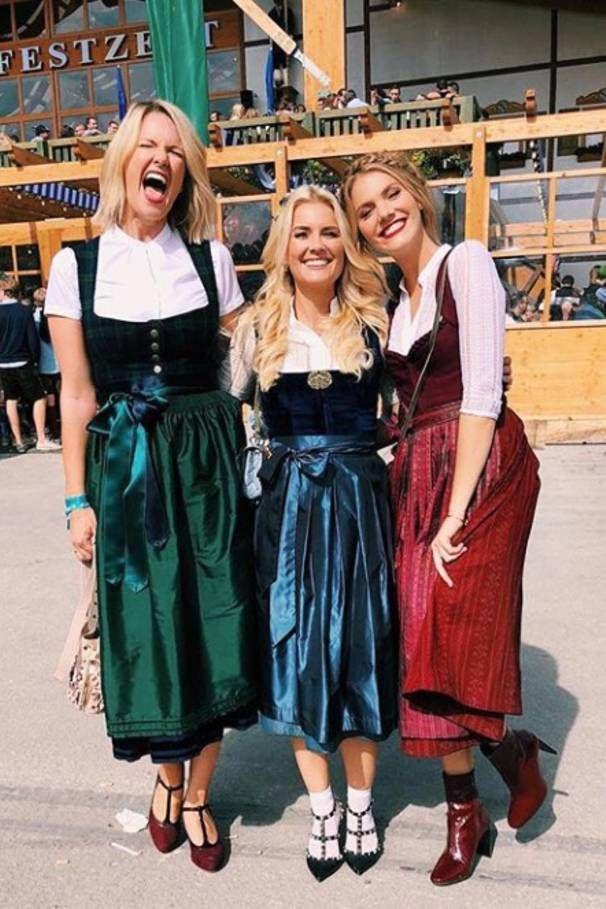 Dirndl Lederhose Co Die Fesche Wiesn Fashion Der Stars Dirndl Frauen Im Dirndl Dirndl Outfit