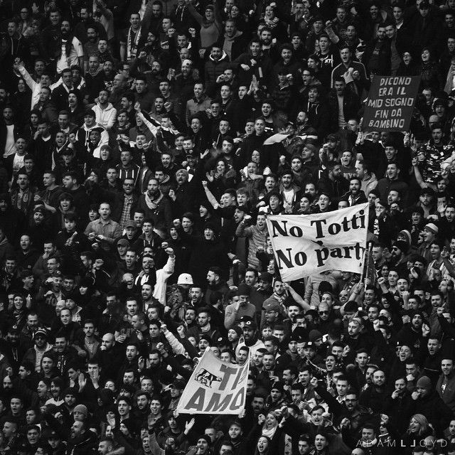 No Totti, No Party! - http://colecaodecamisas.com/totti-party/ #colecaodecamisas #Asroma, #Italia, #Tifo, #Totti, #Ultras