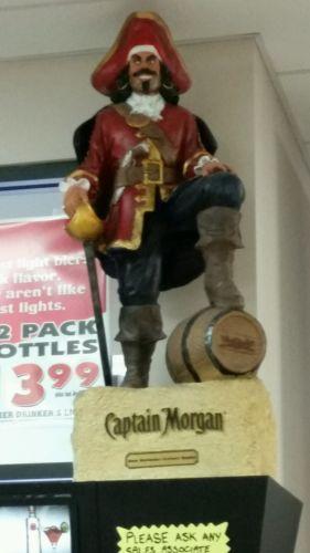 CAPTAIN-MORGAN-RUM-4ft-STATUE-PIRATE-DISPLAY-MAN-CAVE-OR-BAR