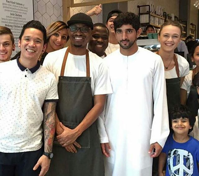 H.H Sheikh Hamdan bin Mohammed bin Rashid Al Maktoum, in a group picture with the work team of Common Ground Cafe in Dubai. Friday, 04/12/2015 #repost from @ali_essa1 Snap Chat