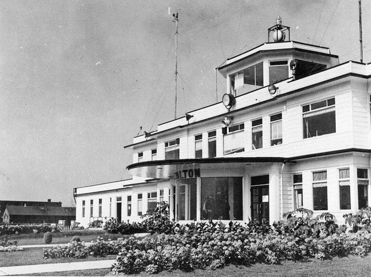 The 2nd terminal and administration building at Malton Airport C1943. The Toronto Harbour Commission constructed this wood frame terminal in...
