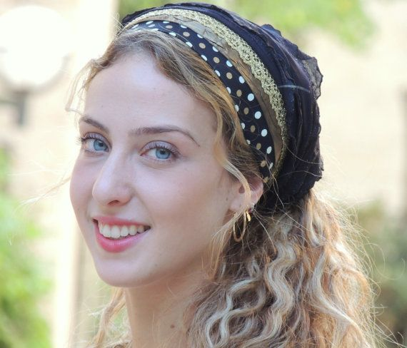 Flashy Black & Gold Headband bandanahttps://www.etsy.com/il-en/listing/243653674/flashy-black-gold-headband
