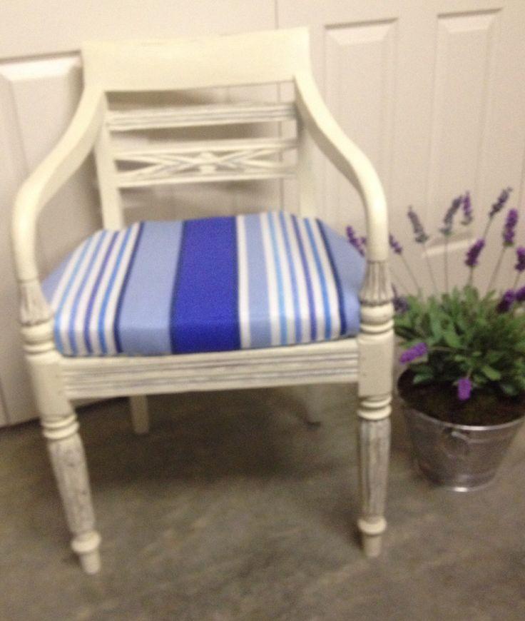 Love my chair.....ready for a cool beach pad