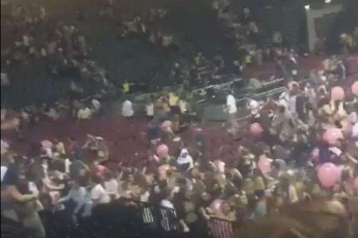 """Ataque terrorista"" mata 22 em concerto de Ariana Grande"