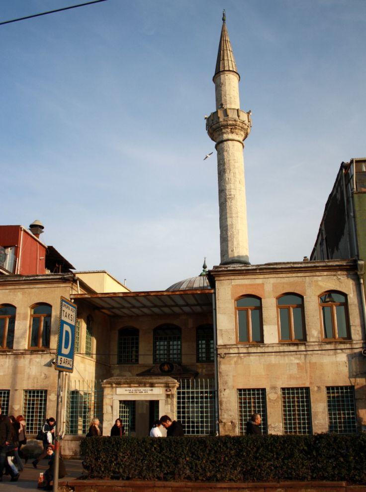 Sultân III. Mustafa İskele Câmii, Kadıköyوهل يخفى القمر !!؟؟  إظهر !  و بان !!! عليك الأمان !!!   ╬¢©®°±´µ¶͏Ͷ·Ωμψϕ϶ϽϾШЯлпы҂֎֏ׁ∂⊱؏ـ٣١69٤13٭ڪ۞۟ۨ۩ᴥᵜḠṮ'†‰‴‼‽⁞₡₣₤₧₩₪€₱₲₵₶℅№℗™Ω℧Ⅎ⅍ⅎ⅓⅔⅛⅜⅝⅞ↄ⇄⇅⇆⇇⇈⇊⇋⇌⇎⇕⇖⇗⇘⇙⇚⇛⇜∆∈∉∋∌∏∐∑√∛∜∞∟ 4d