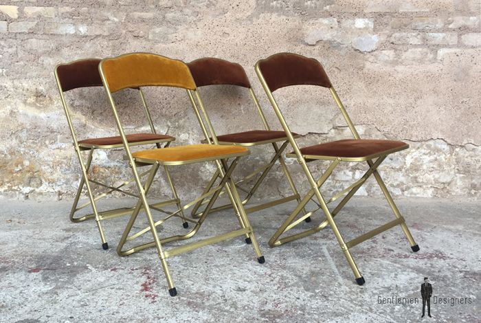 Lot 4 chaises pliantes velours cinema métal doré