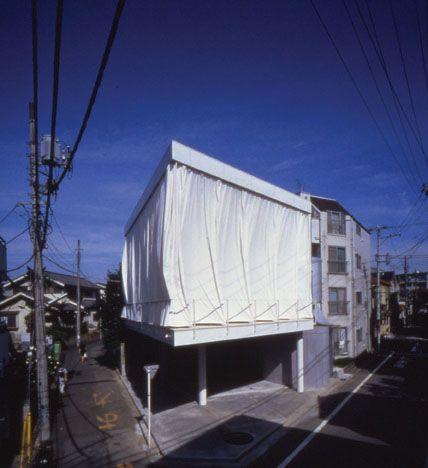 SBA_Curtain Wall House