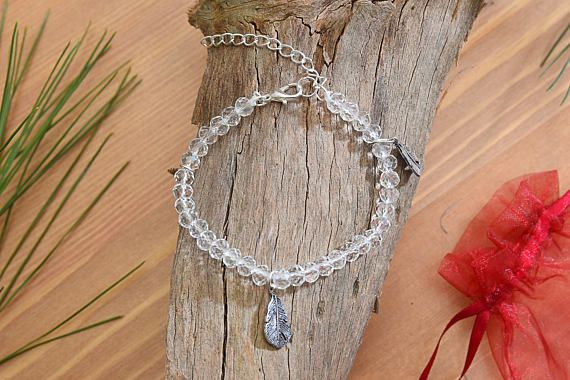 6mm Crystal Beads & Leaf Charm Bracelet Clear Beads Elastic