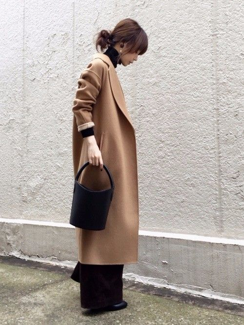 folkの記事「女性が憧れる素敵な女性たち♡おしゃれな着こなし15選♪」。今話題のファッションやトレンド情報をご覧いただけます。ZOZOTOWNは人気ブランドのアイテムを公式に取扱うファッション通販サイトです。