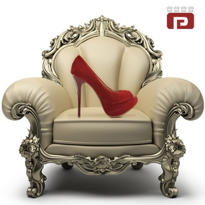 Elegância e tendência aos seus pés, realeza.  (Ref.: 7343405)