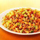 Macaronischotel met gehakt, courgette, paprika en lente-ui recept - Pasta - Eten Gerechten - Recepten Vandaag