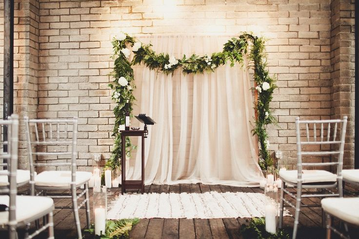 Diy Wall Draping For Weddings That Meet Interesting Decors: Best 25+ Pipe And Drape Ideas On Pinterest