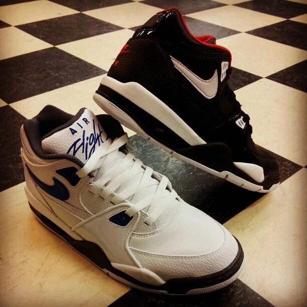 Nike Air Flight 89!!! Be Quick.. Deze schoen FLIGHT de GO- BRITAIN SHOPS uit!!!